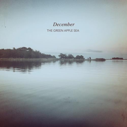 Green apple Sea - December